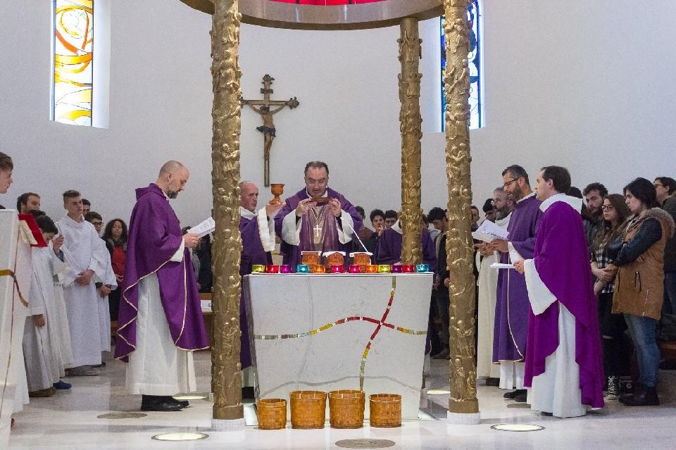 Grazie a lei, vescovo Pietro